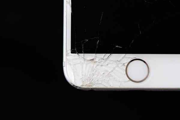 oculus movie shattered iphone