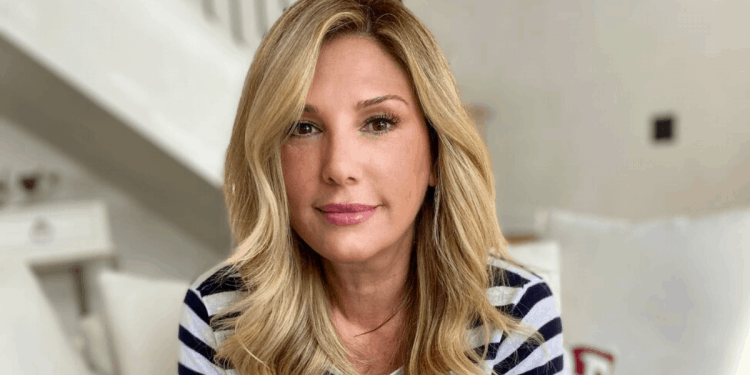 https://reallyfamouspodcast.com/now/daisy-fuentes