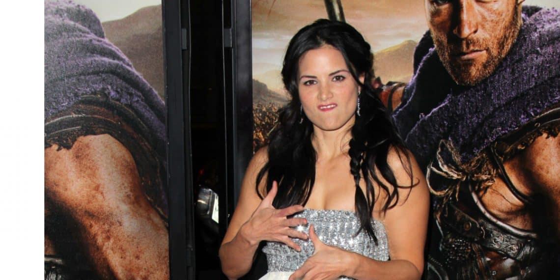 Katrina Law promoting Spartacus