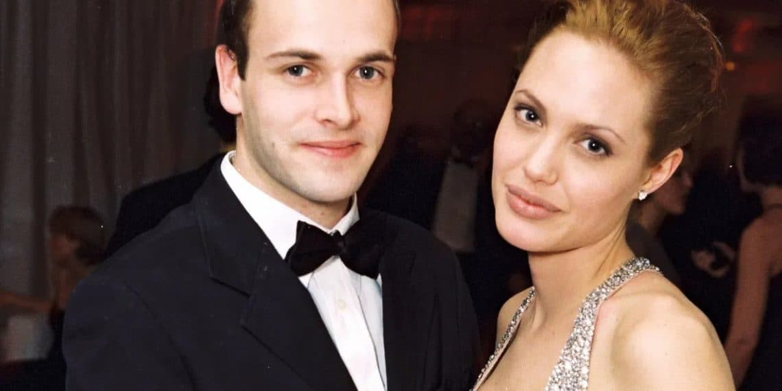 Angelina Jolie with her ex husband Jonny Lee Miller